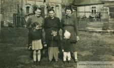 Siostry Czernieckie z dziećmi - fotografia