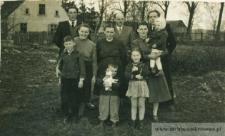 Siostry Czernieckie z rodzinami (Świerkocin) - fotografia