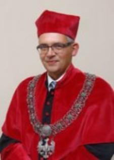 Prorektor ds. Studenckich prof. dr hab. Wojciech Strzyżewski