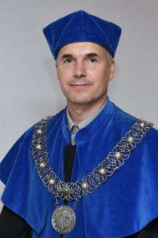 Dziekan Wydziału Matematyki, Informatyki i Ekonometrii dr Robert Dylewski